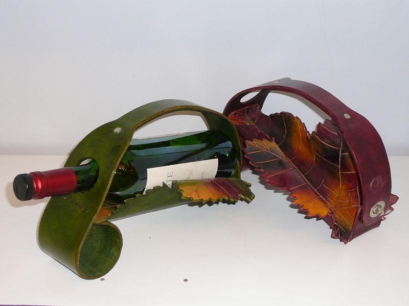 Atelier du cuir arts de la table oenologie et cuir for Porte bouteille de table